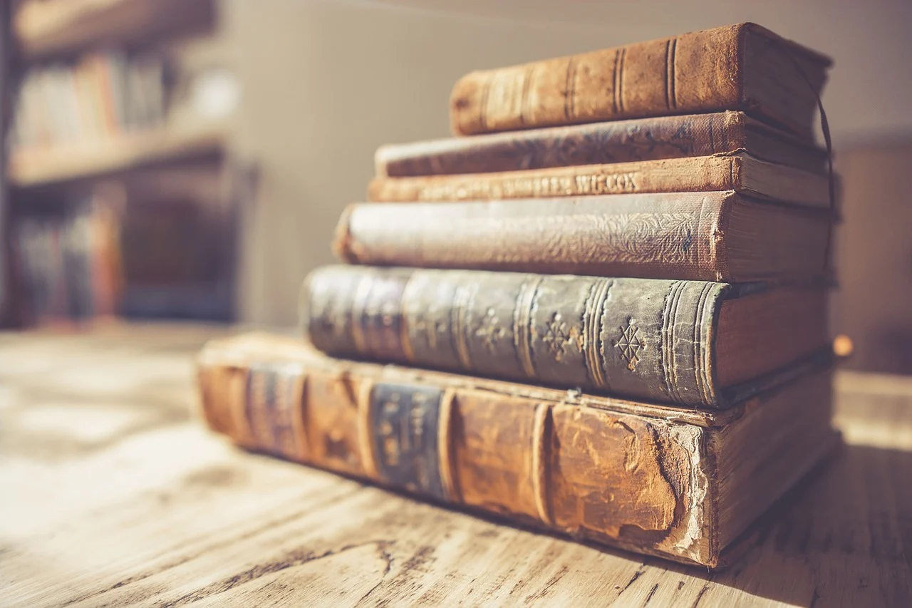 book-2572013_1280